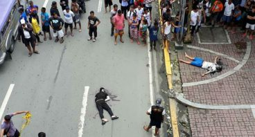 2 Chinese nationals shot dead in Manila by motorcycle gunman